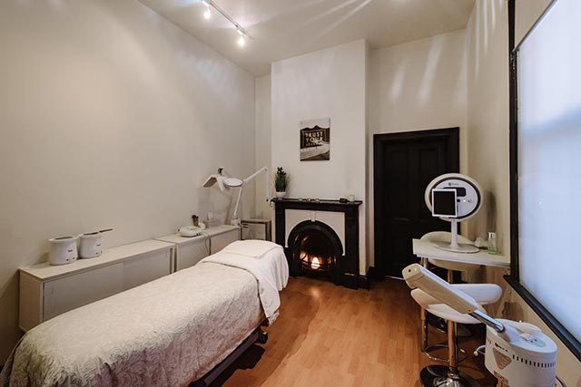 BeautyBliss facial room